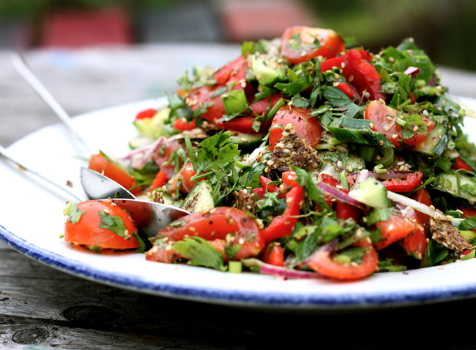 Fattoush salad with za 39 atar my new roots for Salas lunchs