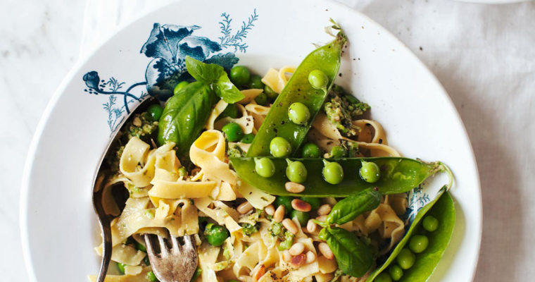 Chickpea Pasta with Basil-Pea Pesto